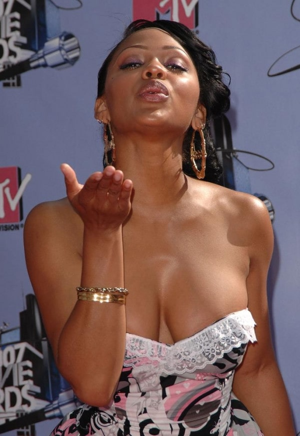 Meagan Good awesome cleavages pics
