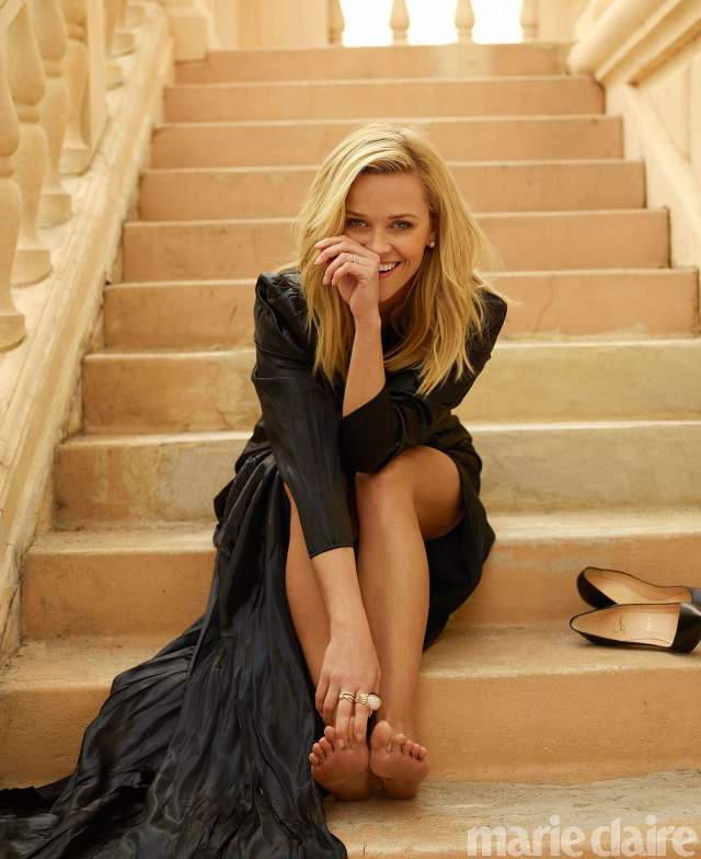 Reese Witherspoon feet beautiful pictures
