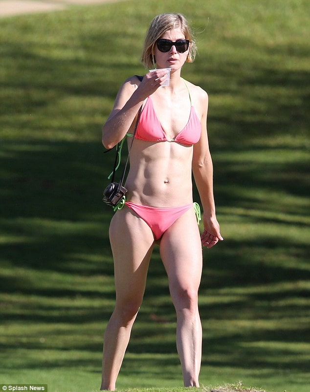 Rosamund Pike awesome picture