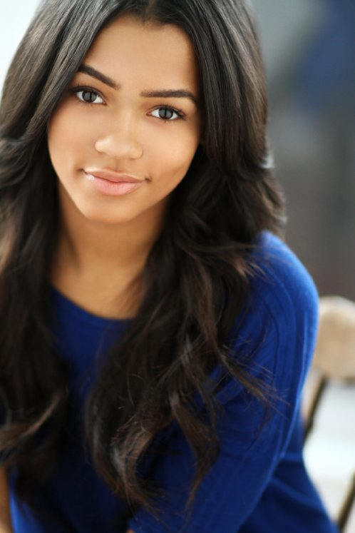 Taylor Russell Photoshoot (2)