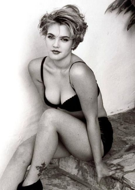 drew barrymore cleavages hot