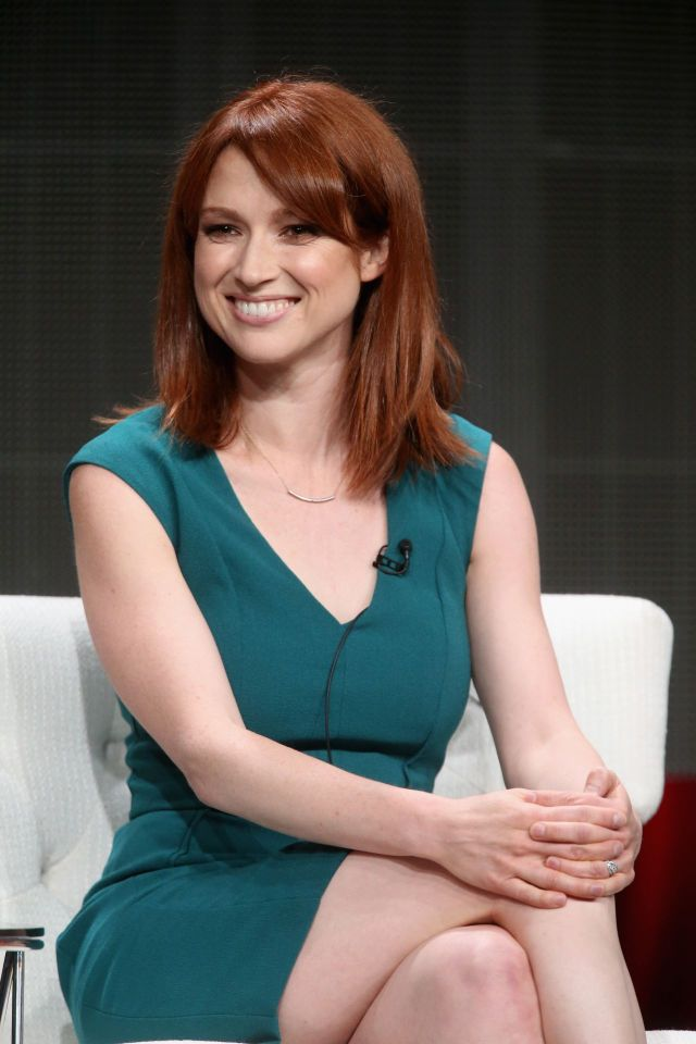 ellie kemper awesome pics