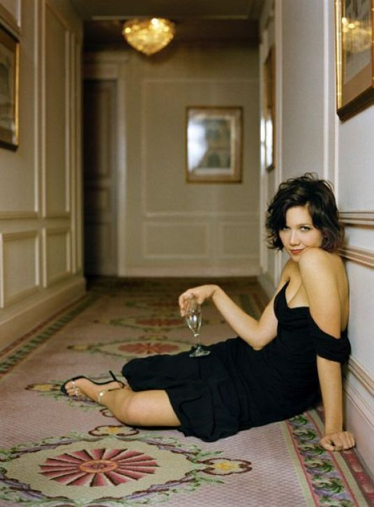 maggie gyllenhaal feet awesome pic