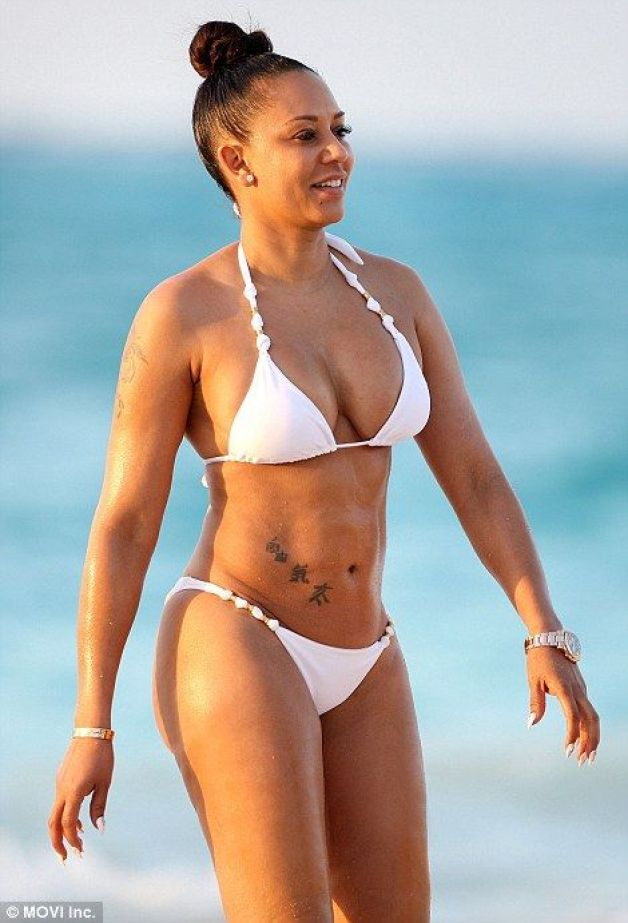 mel b cleavges sexy pic