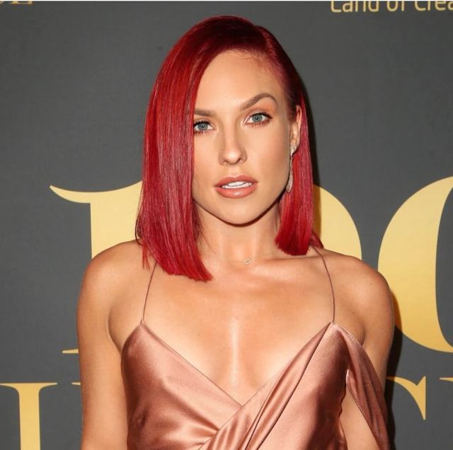 sharna_burgess hot cleavages
