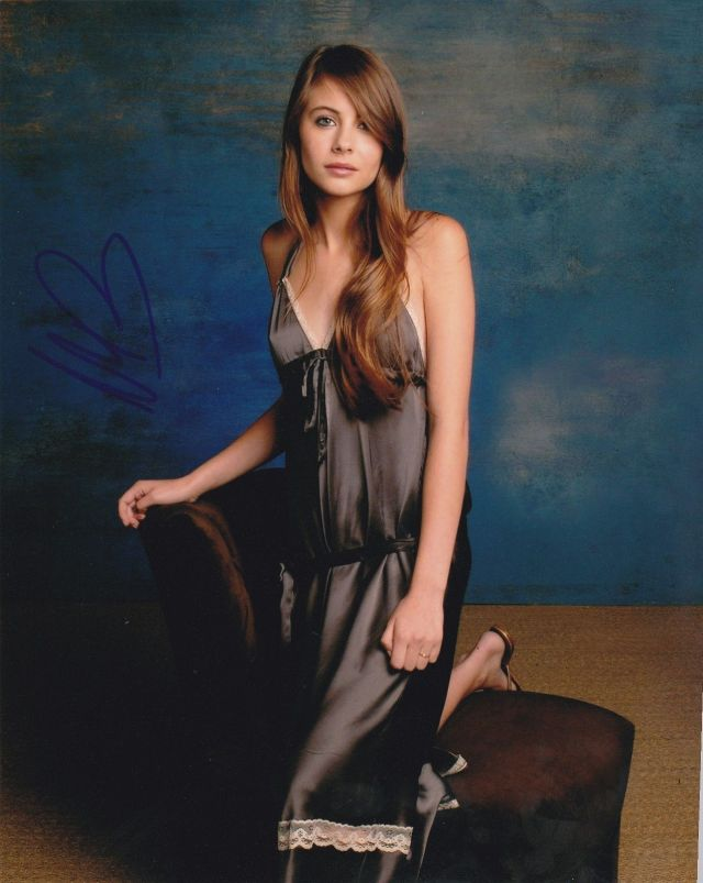 willa holland hot pic (2)