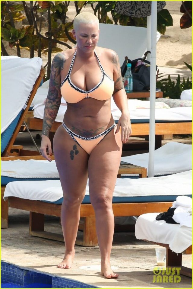 Amber Rose sexy feets