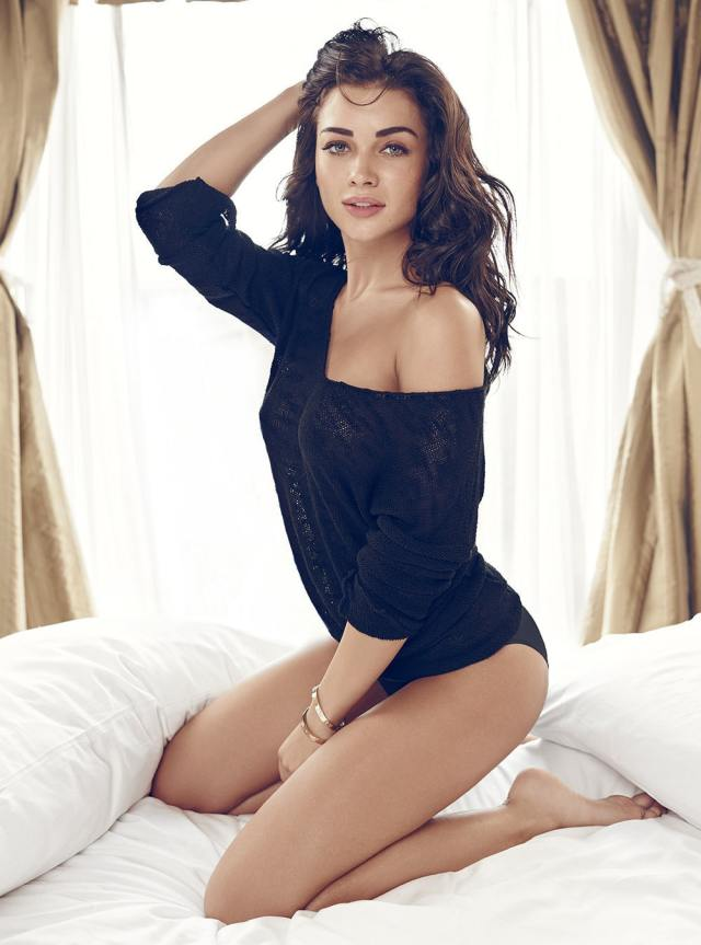 Amy Jackson butt awesome