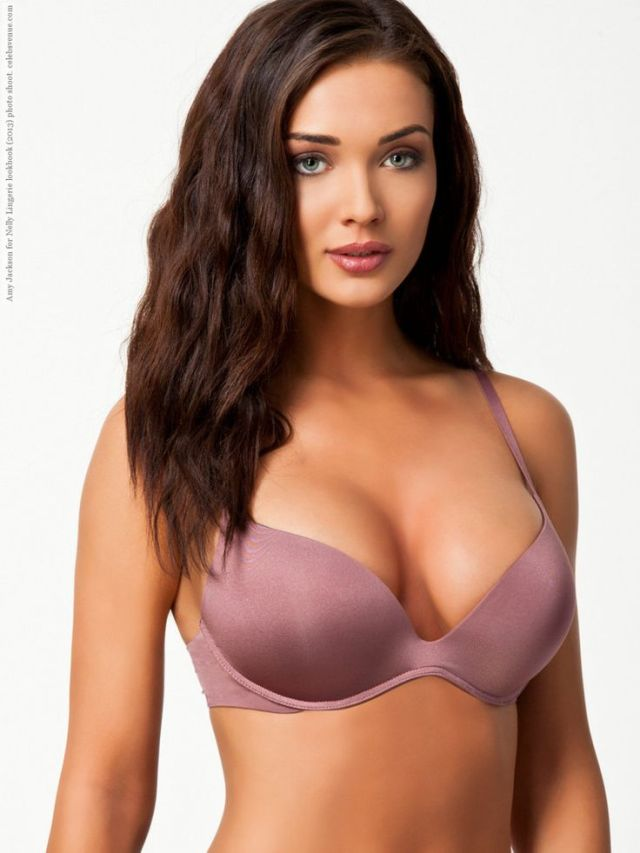 Amy Jackson cleavages sexy pic
