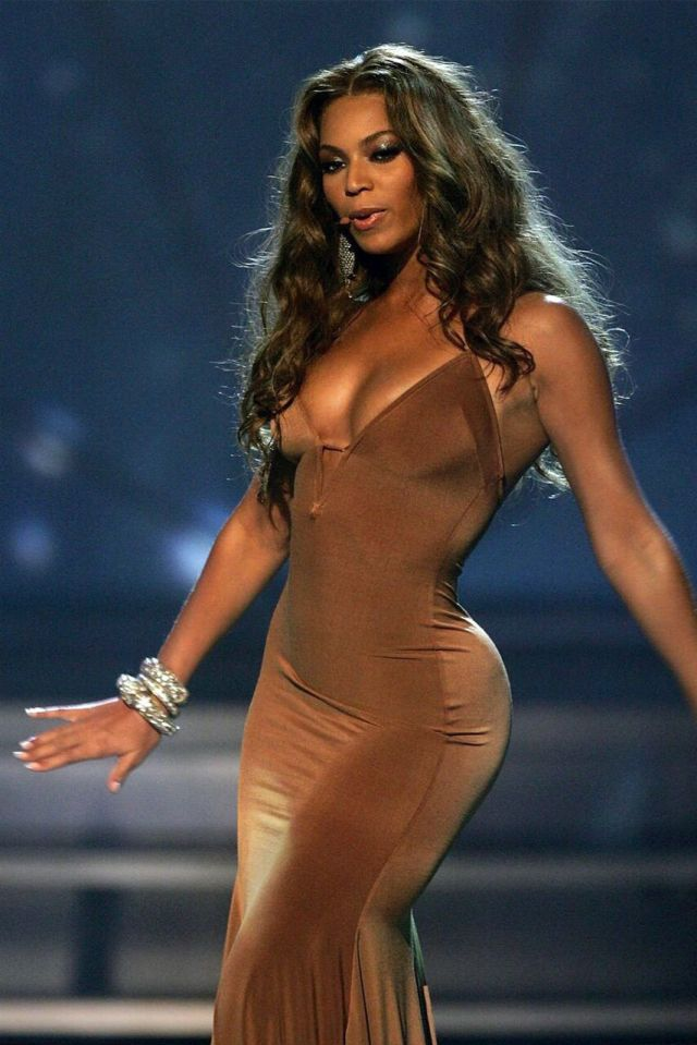 Beyonce too hot photo