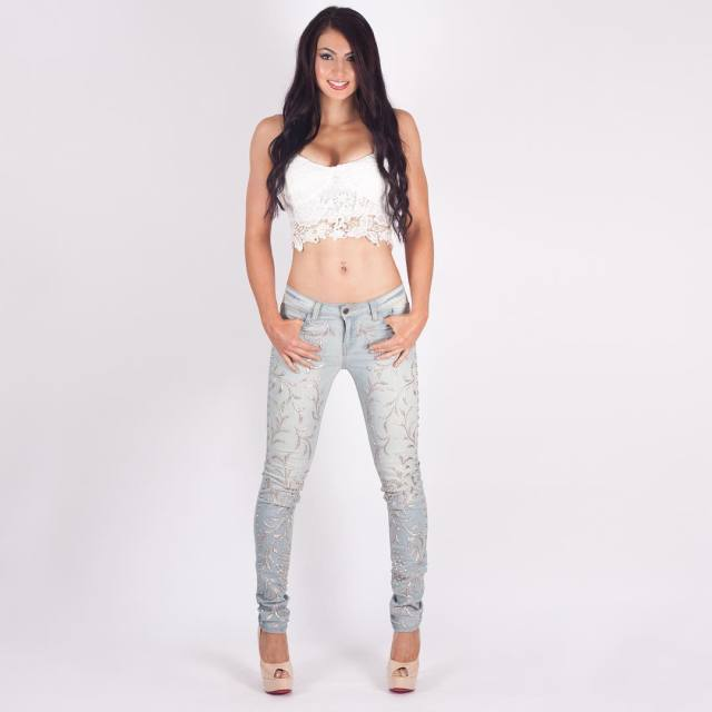 Billie Kay awesome pic