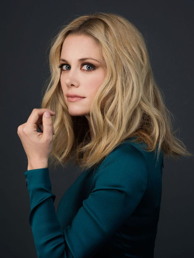 Claire Coffee sexy hair