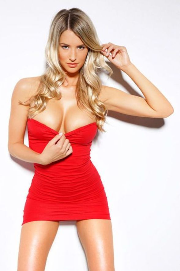 Danica Thrall cleavages awesome