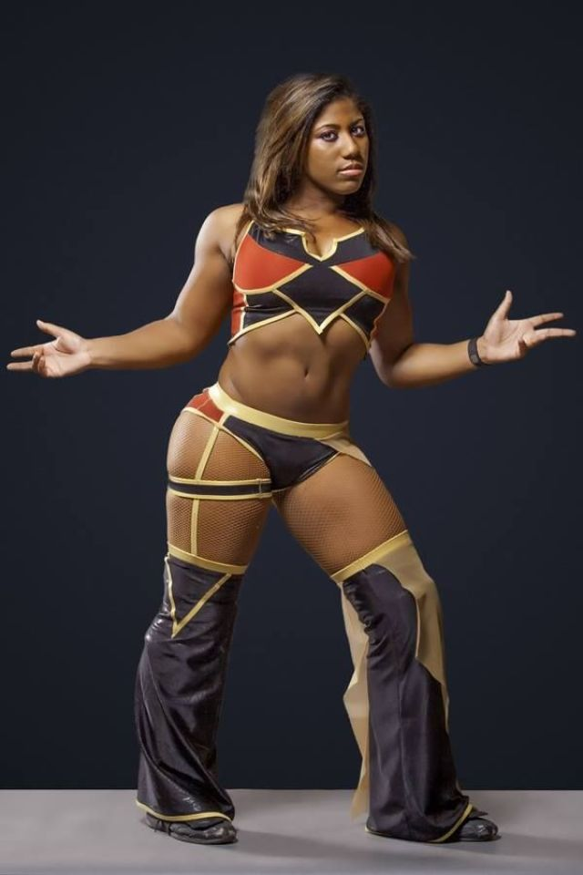 Ember Moon beautiful pic