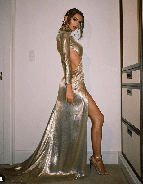 Emily Ratajkowski silver dress