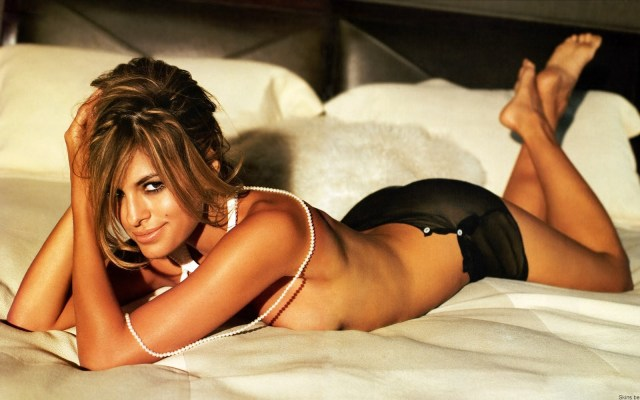 Eva Mendes Sexy Boobs Pictures Topless