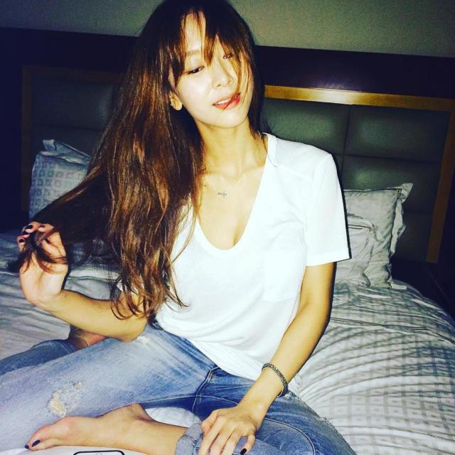G NA K on Bed Pics