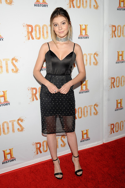 Genevieve Hannelius Red carpet