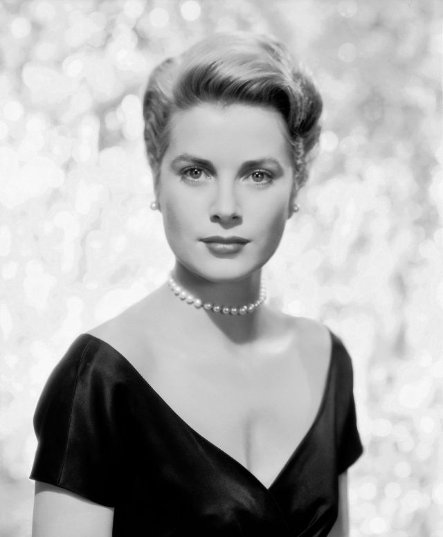 Grace Kelly too sexy pic