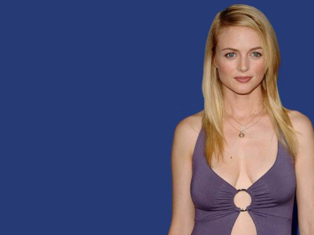 Heather Graham got and sexy pic