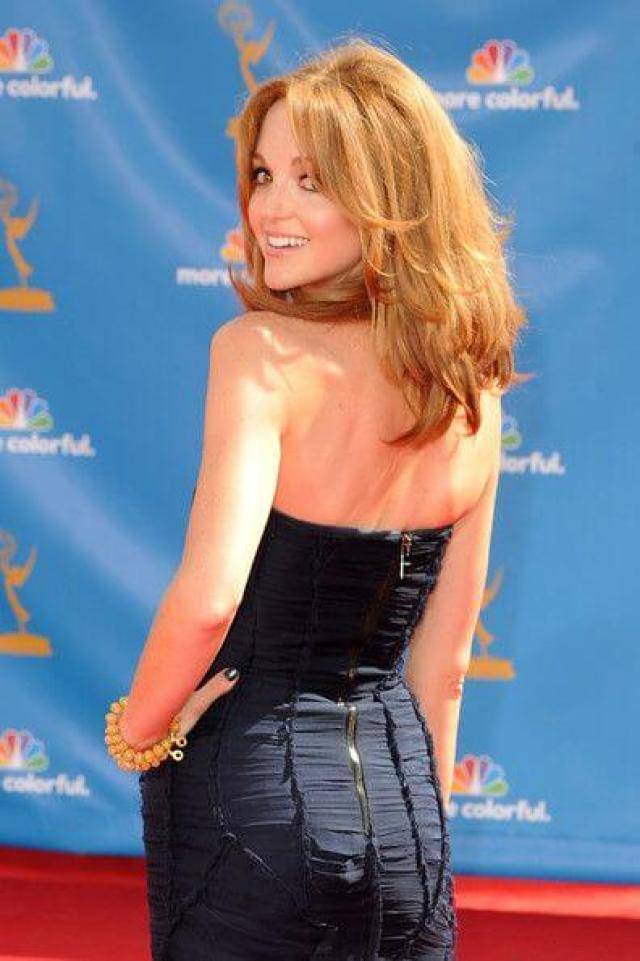 Jayma Mays hot pictures