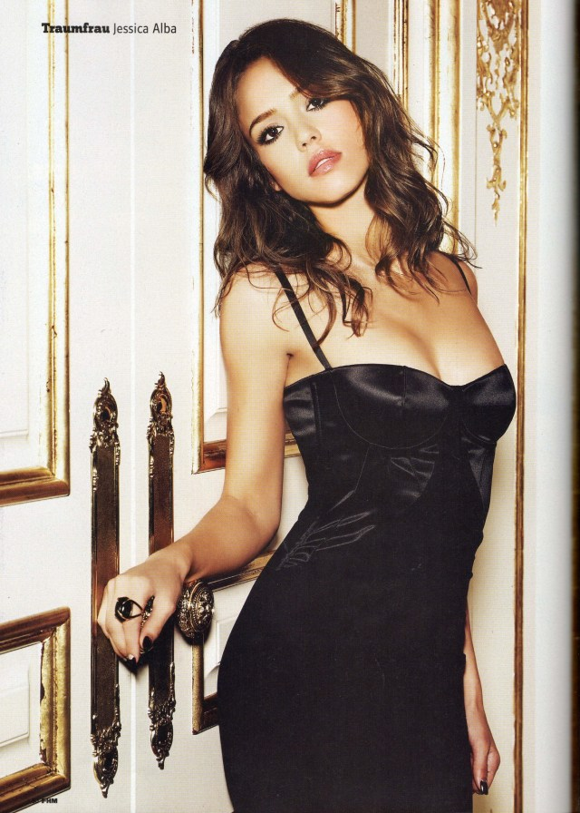 Jessica Alba Sexy Boosb Pictures in Black Dress