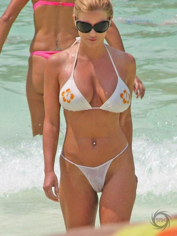 Jessica Simpson Sexy Boobs Pictures in White Bikini