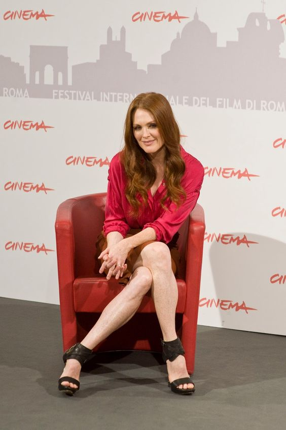 Julianne Moore too sexy picture