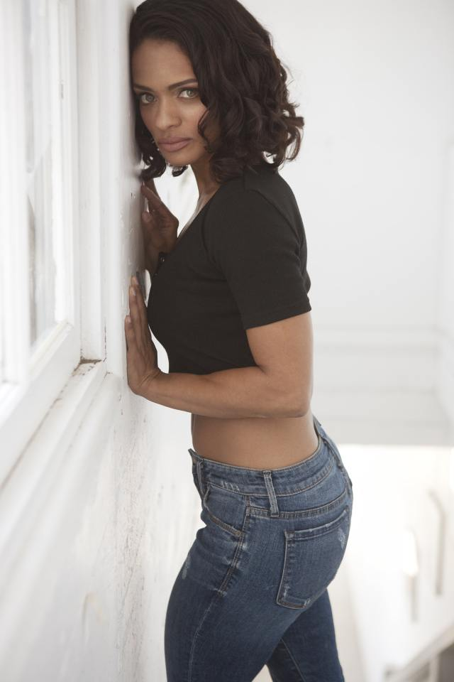 Kandyse McClure Hot in Jeans