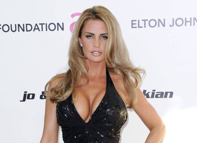 Katie Price hot butts (2)
