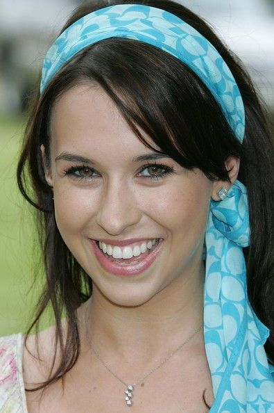 Lacey Chabert Nice Hairstyle