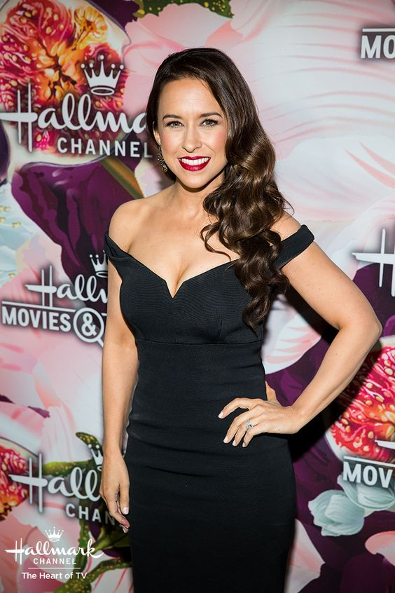 Lacey Chabert Red Lips
