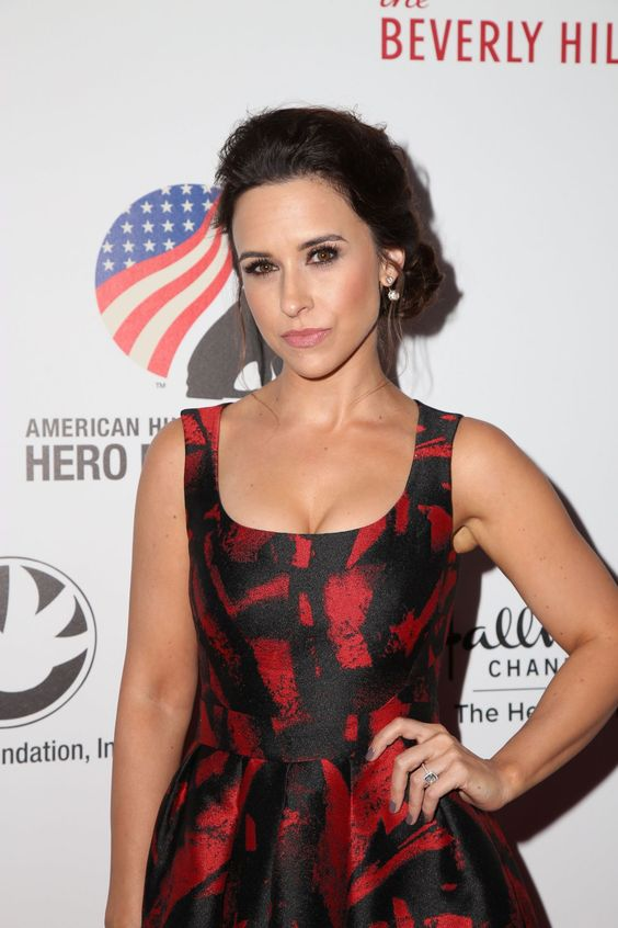 Lacey Chabert on Beverly