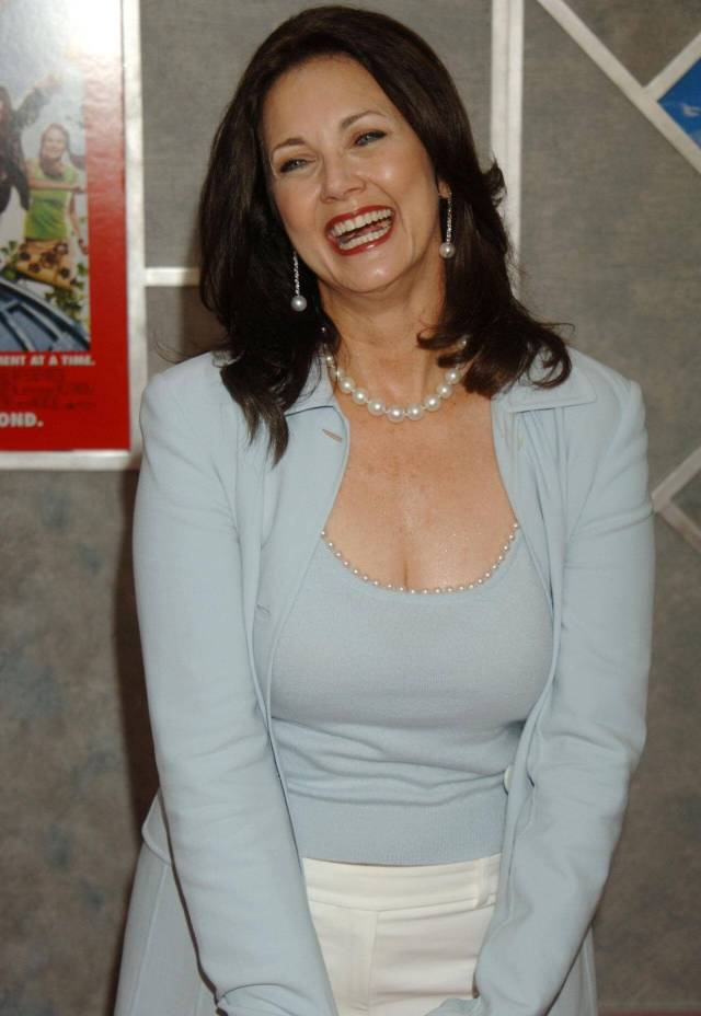 Lynda Carter hot pics