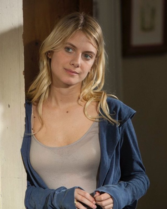 Mélanie Laurent too sexy picture