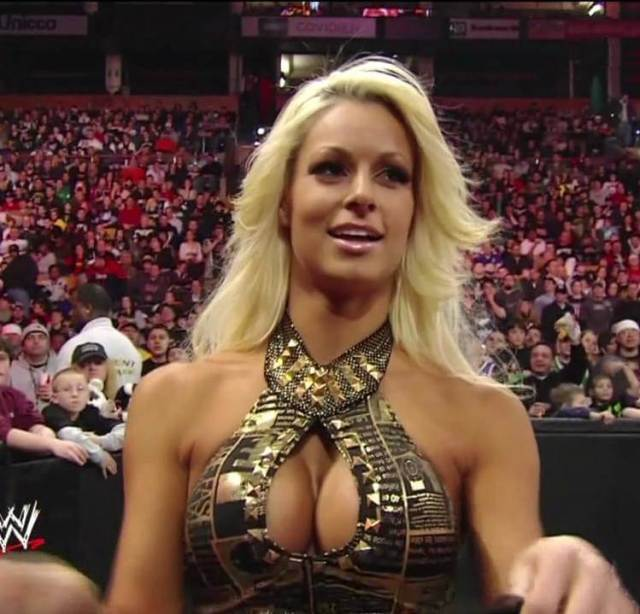Maryse Ouellet hot butts (2)