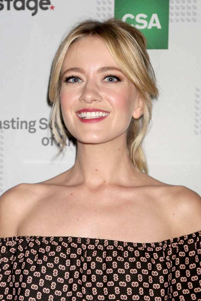 Meredith Hagner hot busty picture