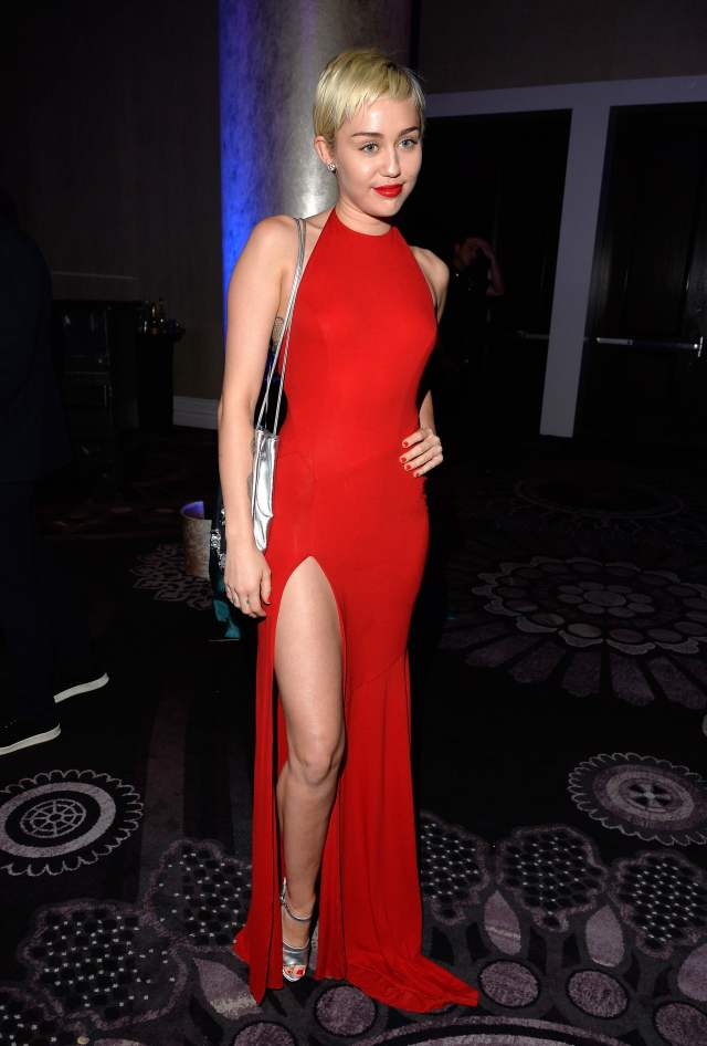 Miley-Cyrus red sexy dress