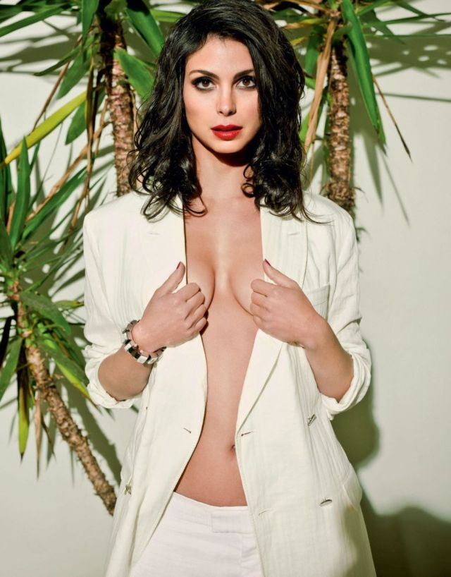 Morena Baccarin hot lady picture