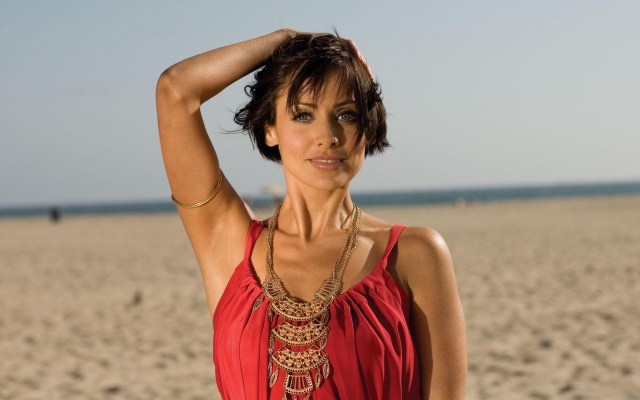 Natalie Imbruglia sexy lady pic