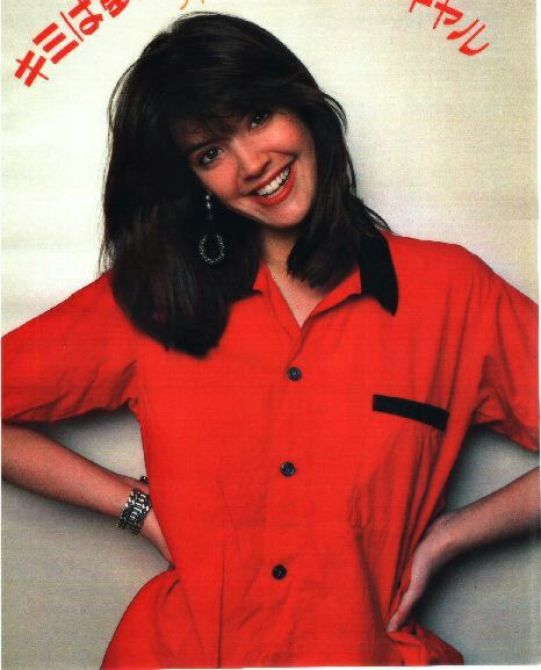 Phoebe Cates red shirt