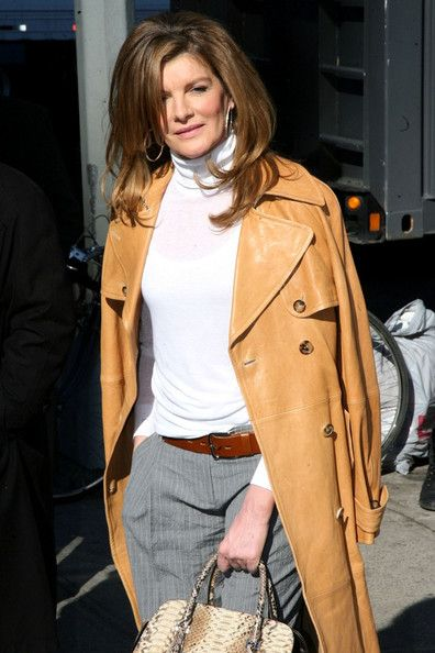 Rene Russo hot lady