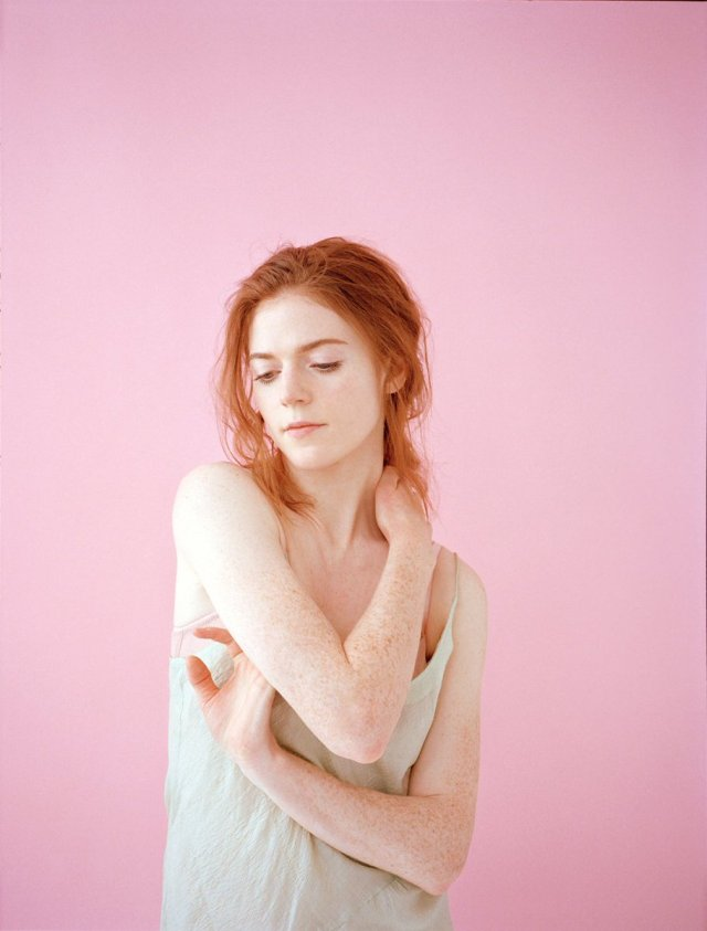 Rose Leslie sexy and hot