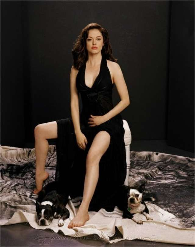 Rose McGowan hot lady picture