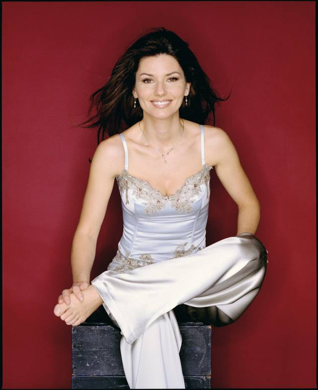 Shania Twain cleavages sexy (2)