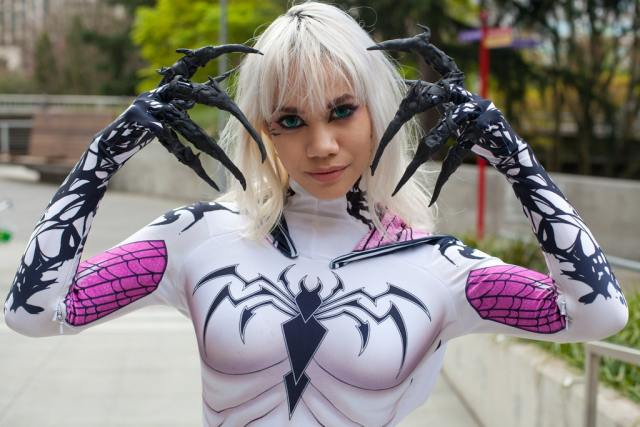 Spider Gwen awesome