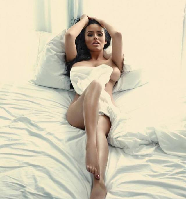 abigail ratchford nude hot pic