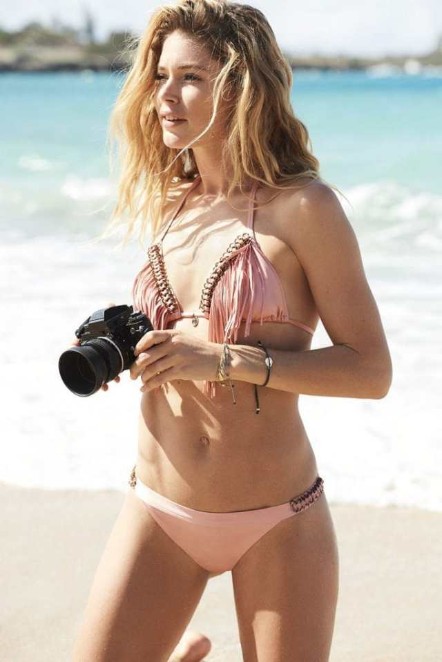 doutzen kroes looking sexy