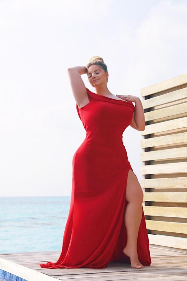 Ashley Alexiss red hot look