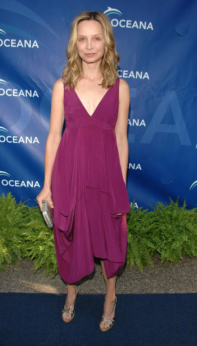 Calista Flockhart awesome cleavages (2)